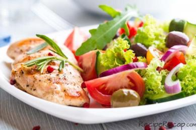 healthy-dining-grilled-chicken-breast-with-side-salad.jpg